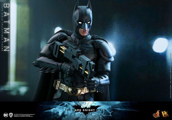 Hot Toys - The Dark Knight Rises - Batman - 03