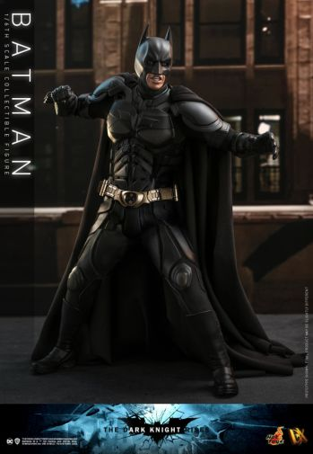 Hot Toys - The Dark Knight Rises - Batman - 10