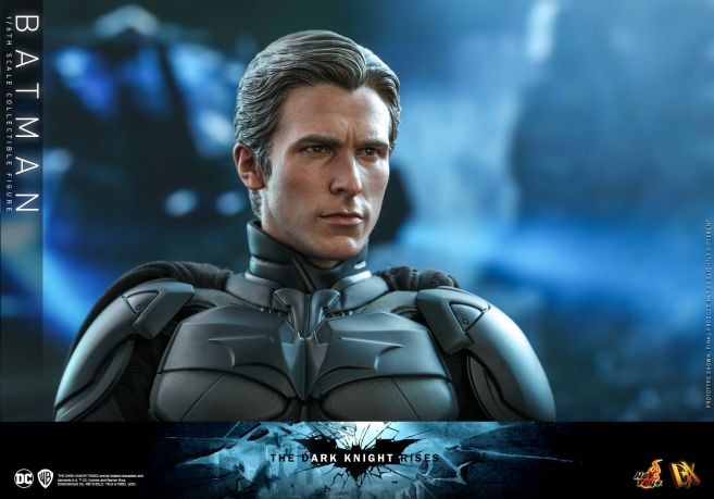 Hot Toys - The Dark Knight Rises - Batman - 20