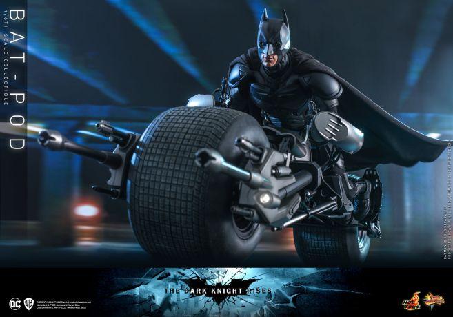 Hot Toys - The Dark Knight Rises - Batpod - 02