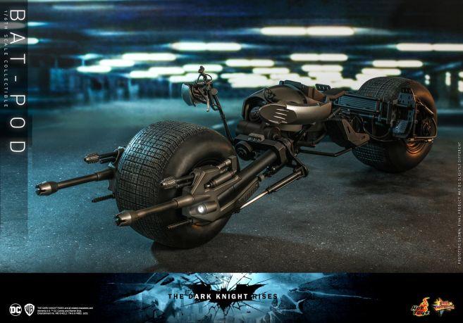 Hot Toys - The Dark Knight Rises - Batpod - 07