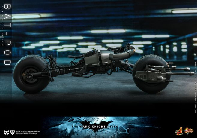 Hot Toys - The Dark Knight Rises - Batpod - 08