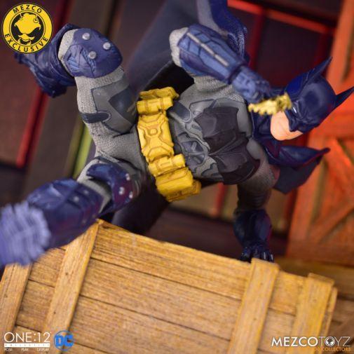 Mezco Toyz - Batman Supreme Knight - Darkest Dawn Edition - 12