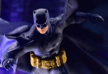 Mezco Toyz - Batman Supreme Knight - Darkest Dawn Edition - Featured - 01