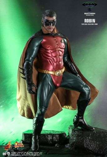 Hot Toys - Batman Forever - Robin - 02