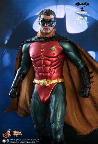 Hot Toys - Batman Forever - Robin - 05