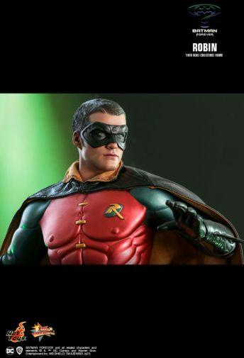 Hot Toys - Batman Forever - Robin - 13