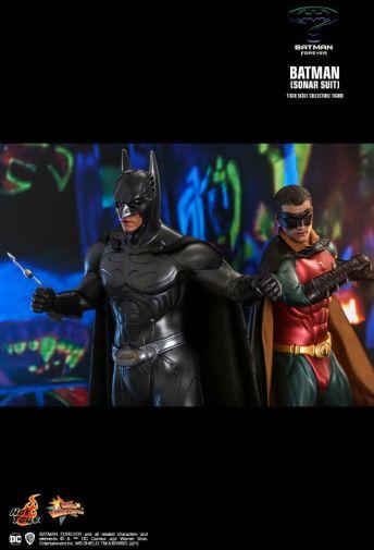Hot Toys - Batman Forever - Sonar Suit Batman - 13