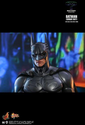 Hot Toys - Batman Forever - Sonar Suit Batman - 17