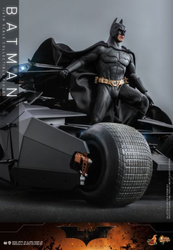Hot Toys - Batman Begins - Batman and Batmobile - 14