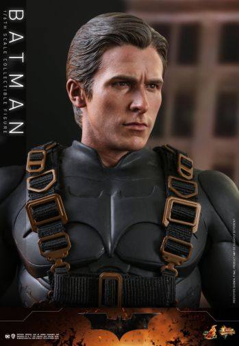 Hot Toys - Batman Begins - Batman and Batmobile - 19