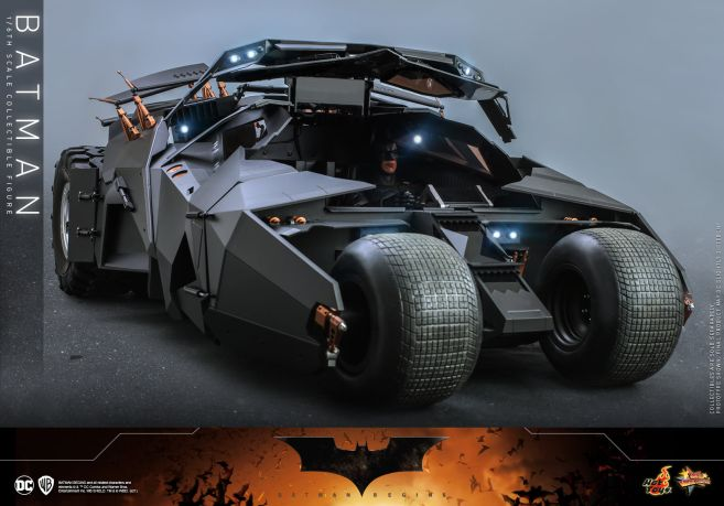 Hot Toys - Batman Begins - Batman and Batmobile - 22