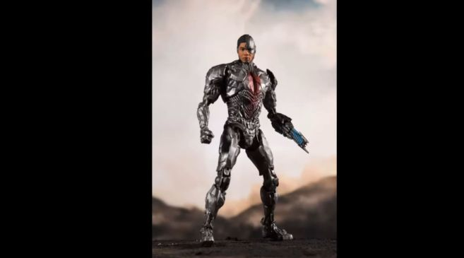 McFarlane Toys - Zack Snyders Justice League - Cyborg - 01