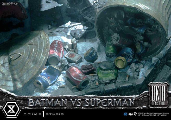 Prime 1 Studio - Batman - The Dark Knight Returns - Batman vs Joker - 101