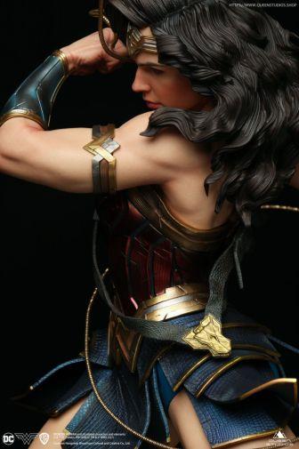 Queen Studios - Wonder Woman - 22