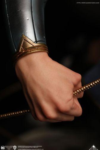 Queen Studios - Wonder Woman - 26