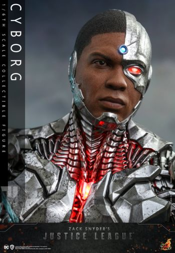 Hot Toys - Zack Snyders Justice League - Cyborg - 03