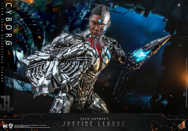 Hot Toys - Zack Snyders Justice League - Cyborg - 16