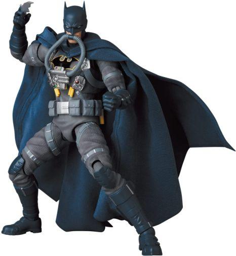 Medicom - MAFEX - Batman Hush - Jumpsuit - 01
