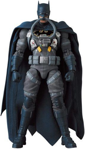 Medicom - MAFEX - Batman Hush - Jumpsuit - 08