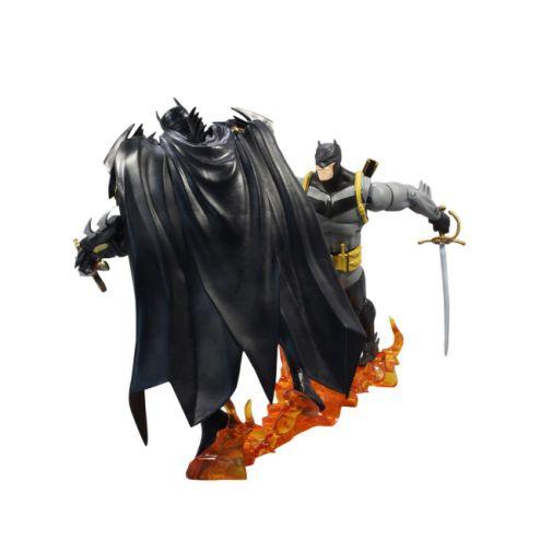 McFarlane-White-Knight-Batman-vs-Azrael-006