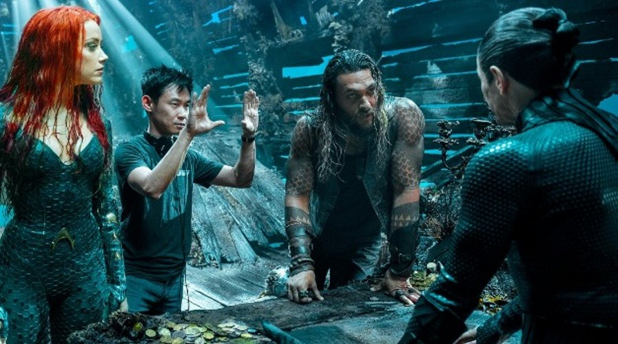 "New AQUAMAN Featurette: ""Behind the Scenes"""