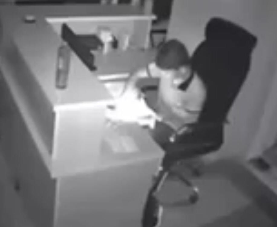 Batman'da kafeye giren hırsız güvenlik kamerasına takıldı