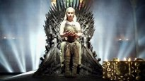 Daenerys Iron Throne