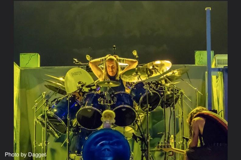 Nicko Mc Brain batteur d'Iron Maiden