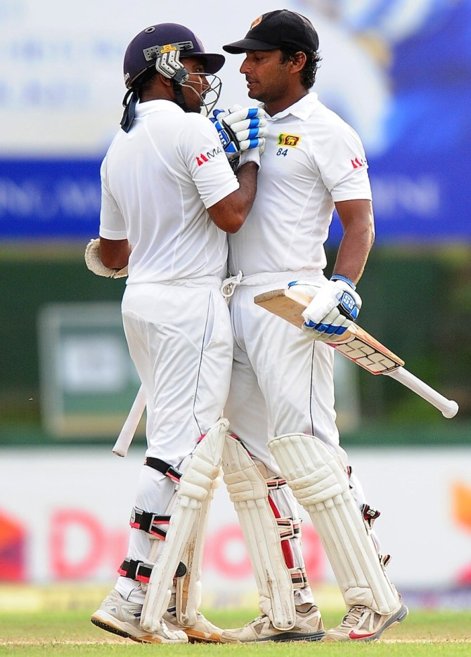 Sangakkara and Jayawardene amassed an unbeaten 98-run partnership