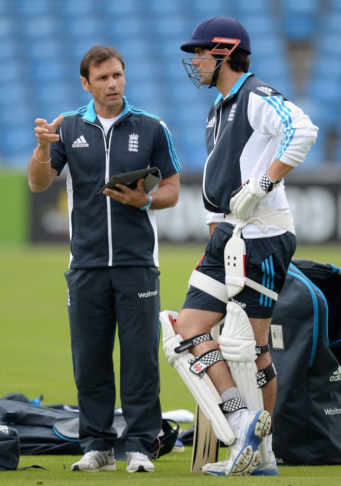 Ramprakash is one of the frontrunners in the race to become Sri Lanka's permanent head coach