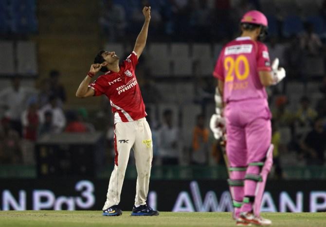 Karanveer Singh finished with figures of 4-15 off 3.2 overs