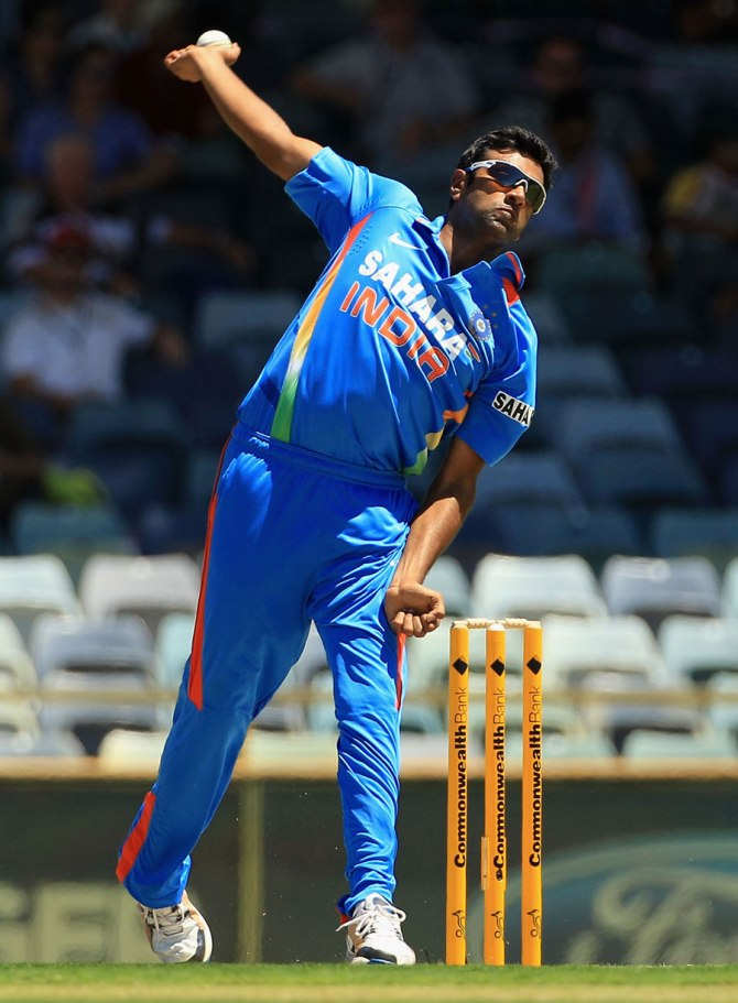 India spinner Ravichandran Ashwin is just one of many bowlers who occasionally pause before bowling