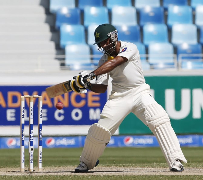 Shafiq hit five boundaries and two sixes during his innings of 89