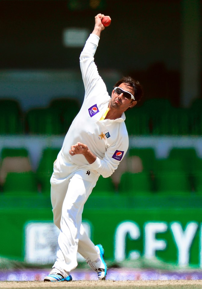 Ajmal will work with Mushtaq for another 15 days