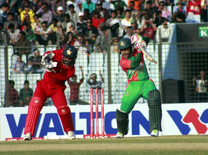 Rahim hit two boundaries and two sixes during his knock of 65