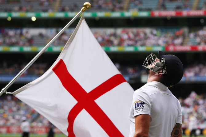 """""""It's time the ECB told us, the paying public who are missing out on watching him, what went on"""""""