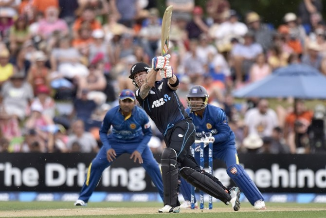 McCullum tied his own record for the fastest ODI half-century made by a New Zealand batsman