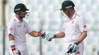 Elgar (left) and van Zyl (right) put South Africa in a solid position at the end of the third day