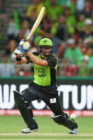 Hussey hammered five boundaries and four sixes during his unbeaten knock of 80