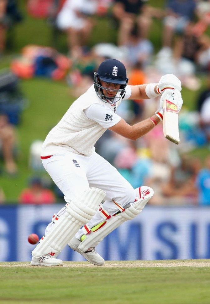 Root scored his 19th Test fifty