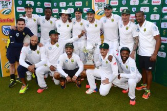 South Africa celebrate after beating New Zealand 1-0