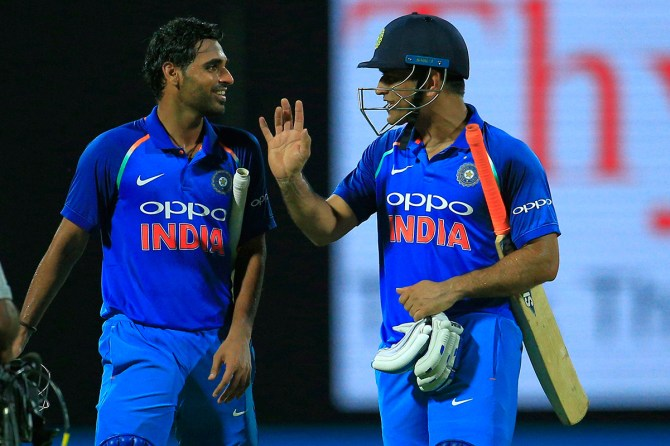Bhuvneshwar Kumar Mahendra Singh Dhoni India cricket