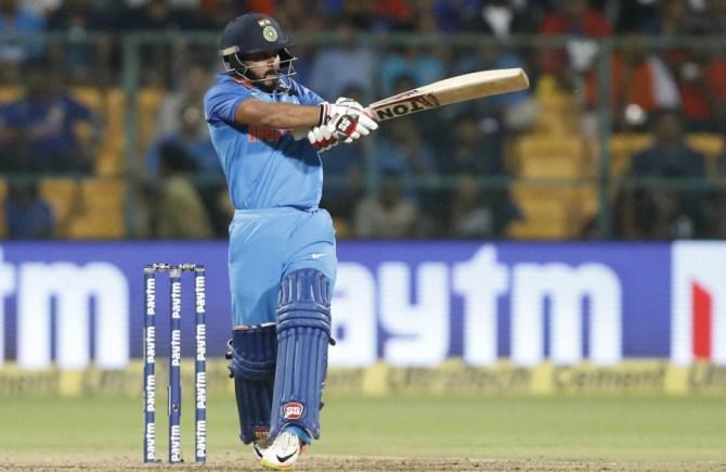 Kedar Jadhav fifty India Australia cricket