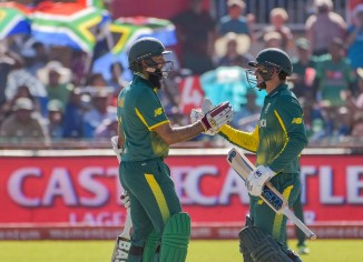 Quinton de Kock Hashim Amla hundred South Africa Bangladesh cricket