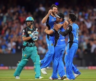 Michael Neser Adelaide Strikers Brisbane Heat BBL cricket