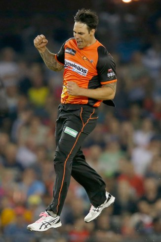 Mitchell Johnson Perth Scorchers Melbourne Renegades BBL cricket