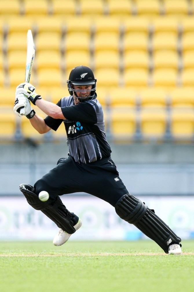 Colin Munro returns Twenty20 squad T20 tri-series New Zealand Australia England cricket