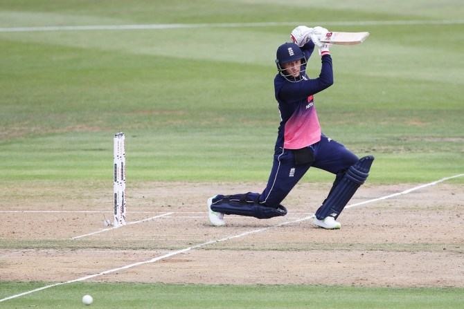 Joe Root 71 New Zealand England 1st ODI Hamilton cricket