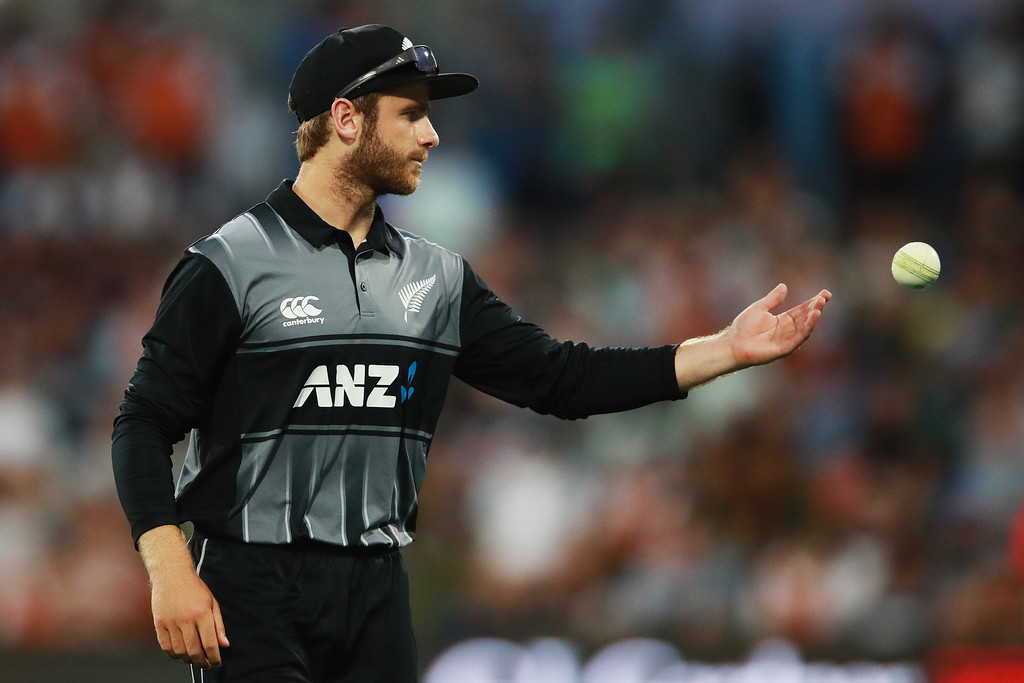 Williamson in the runs as New Zealand beat England